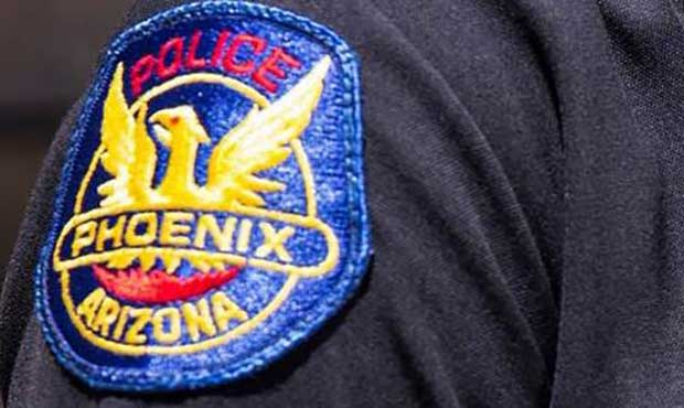 Shooting leaves 23-year-old man dead in Phoenix, suspect sought