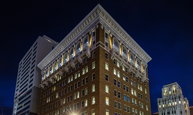 Luhrs Building in downtown Phoenix sold for $14M, to open new hotel