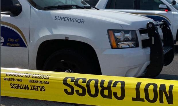 (Twitter Photo/Phoenix Police Department)...