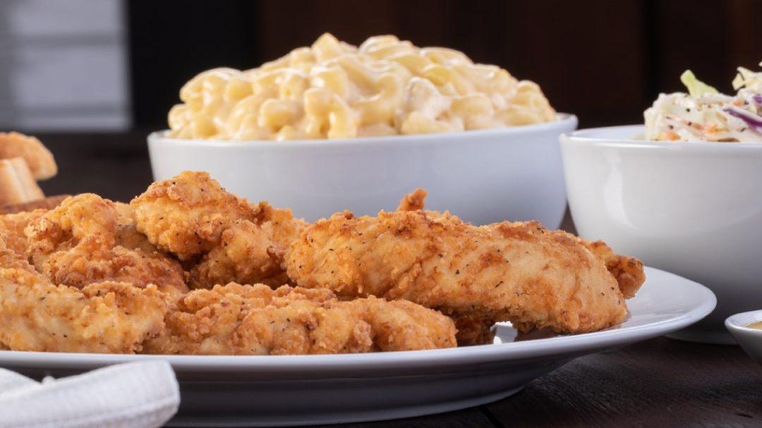Valley fast-food operator to open 32 Slim Chickens in Arizona - KTAR.com