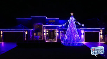 Australia goes all out for holidays