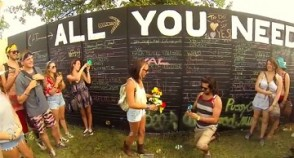 Hipster makes a wonderful Bonnaroo marriage proposal